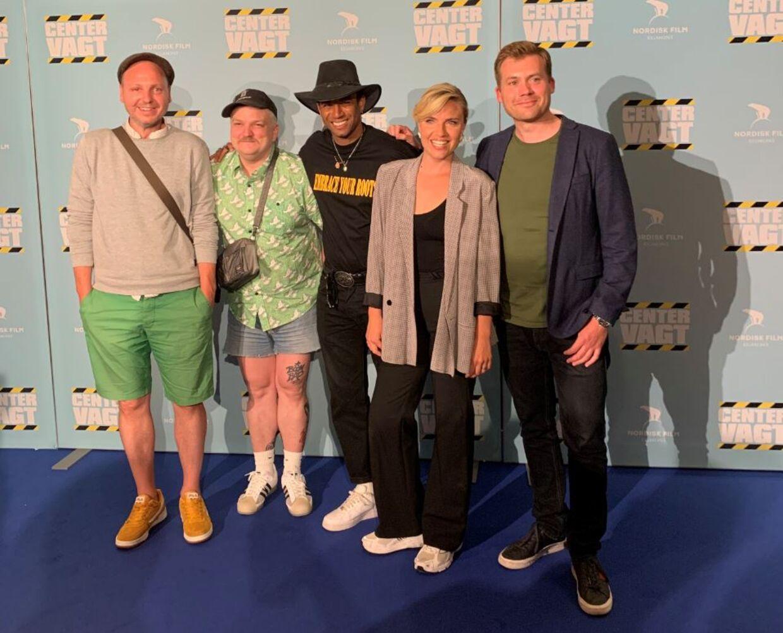 Instruktør Rasmus Heide med fire af sine skuespillere: Rune Klan, Charter McCloskey, Christopher Læssø og Josephine Park.