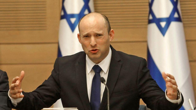 Her stå Israels kommende premierminister, Naftali Bennett. Han er 49 år gammel, har tjent millioner som iværksætter i it-branchen og har tidligere støttet Netanyahu.