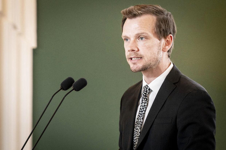 Beskæftigelsesminister Peter Hummelgaard under pressemøde om dansk økonomi og udbetaling af feriepenge i finansministeriet i København onsdag den 24. marts 2021. (Foto: Mads Claus Rasmussen/Ritzau Scanpix)