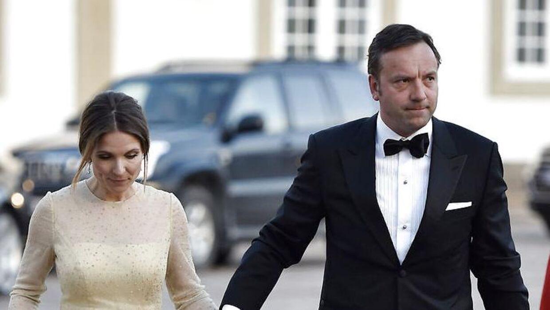 Kronprinsesn gode ven Jeppe Handwerk, der her ses med sin kone, Birgitte Handwerk, ser ud til at score kassen på sin test-virksomhed.