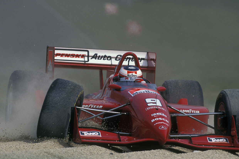 Jan Magnussen kørte både før og efter sin Formel 1-karriere i IndyCar-serien. Her udgår han på Road America-banen i 1996.
