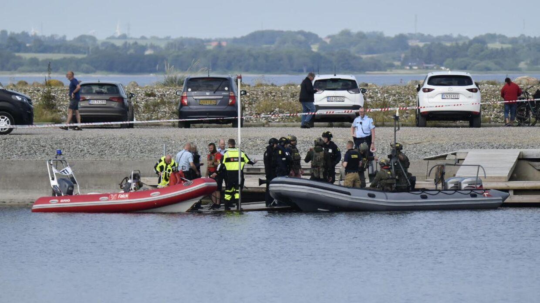 Mange betjente deltog i indsatsen i Handbjerg Marina torsdag.
