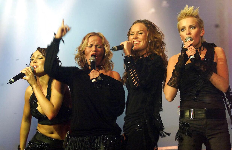 Popgruppen EyeQ blev dannet under TV2 programmet 'Popstars' og holdt sammen i tre år. Her er de fire til Danish Musid Award. Foto Lars Møller.