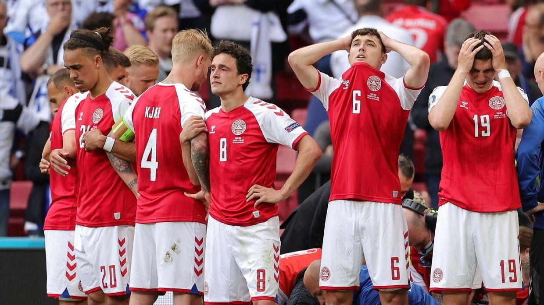 De danske landsholdsspillere i chok efter Eriksens kollaps i Parken.