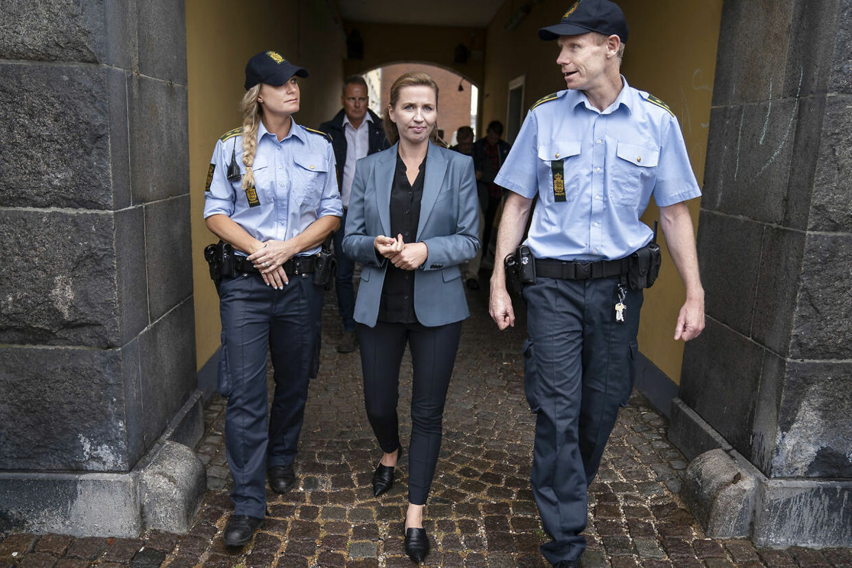 Statsminister Mette Frederiksen besøger Køge Lokalpolitistation torsdag den 27. august 2020.