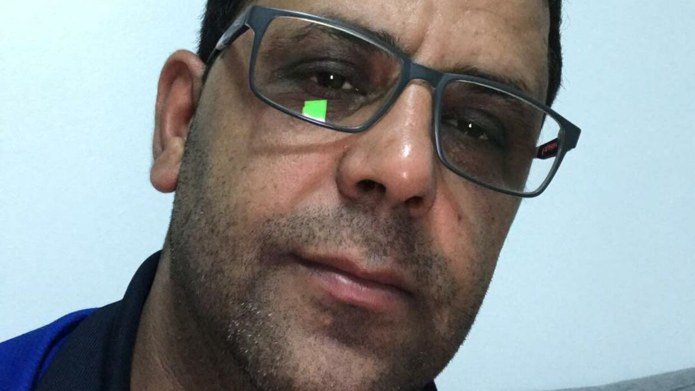 Far Tarek Younes fortalte, at Mohamad Younes aldrig havde haft noget med våben at gøre. Men den 20-årige mand er tiltalt for våbenbesiddelse. Privatfoto