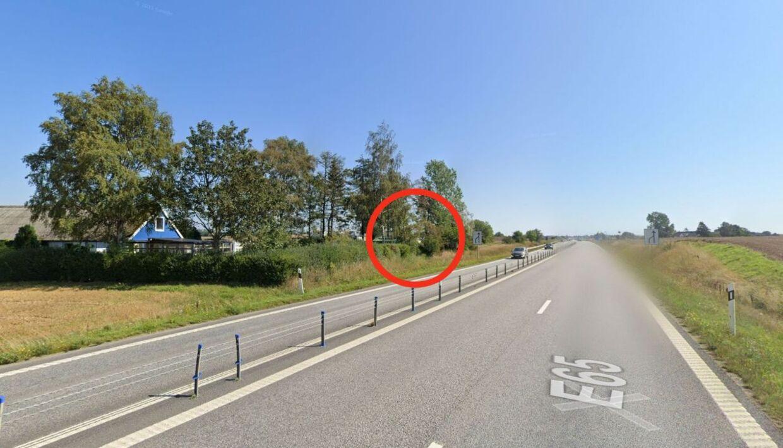 Her er flere af danskerne blevet ramt af flyvende sten eller andre objekter.