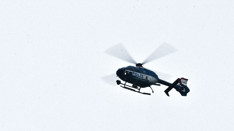 Svensk politi benytter nu helikopter for at opklare de mange stenkast på E65 mod danskere.