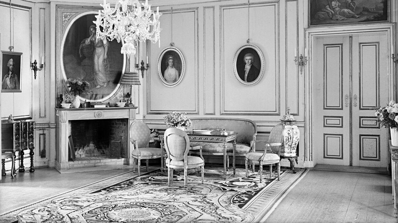 Solkongens tæppe fotograferet af Nationalmuseet i 1955.