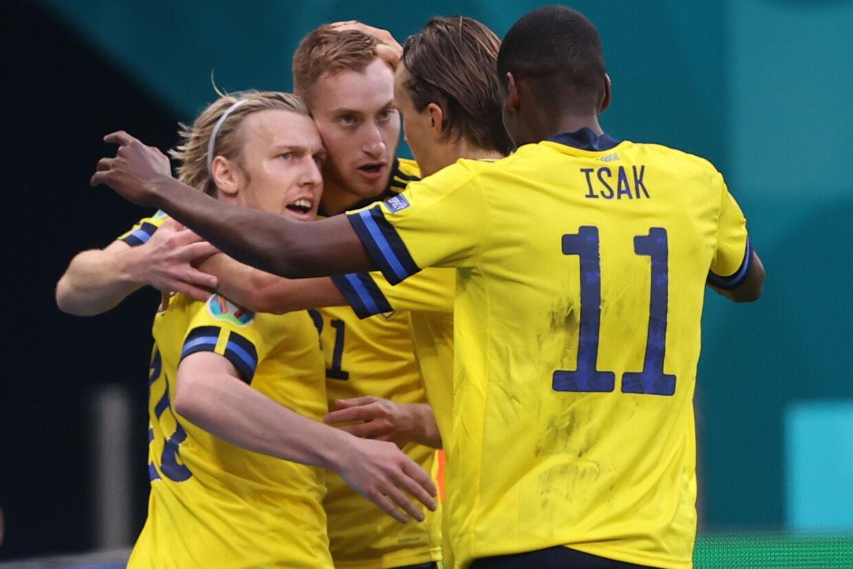 Emil Forsberg (til venstre) har nu scoret tre af Sveriges fire mål ved EM. Lars Baron/Reuters