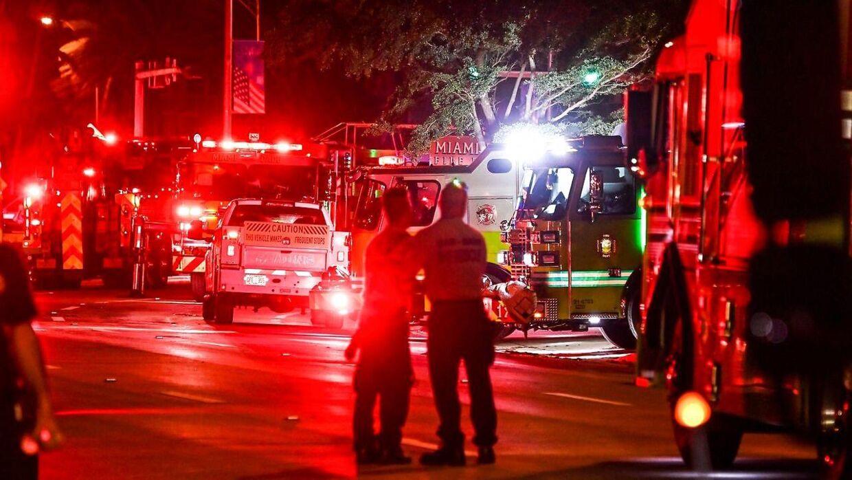 Et massivt redningsarbejde rykkede ud til kollapset.