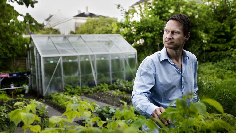 Claus Meyer nyder blandt andet at bruge tid i sin have på Frederiksberg.