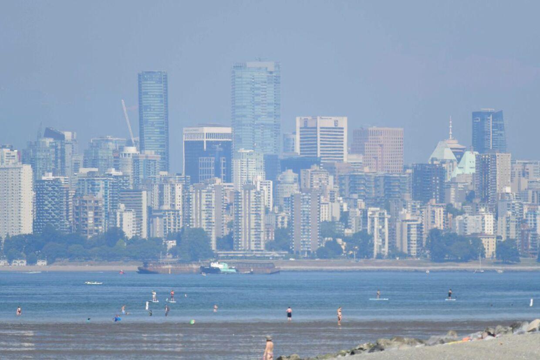 Storbyen Vancouver har registreret 65 varmerelaterede dødsfald siden fredag.