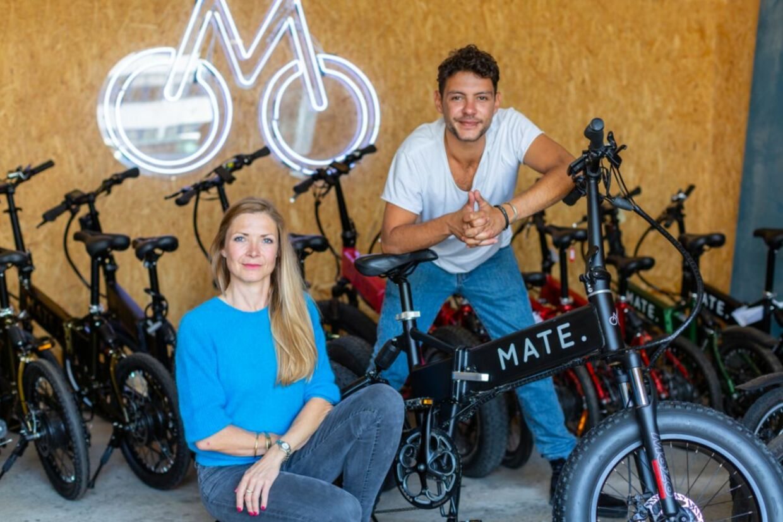 Søskendeparret bag Mate, som blev stiftet i 2016, hedder Christian Adel Michael og Julie Kronstrøm Carton.