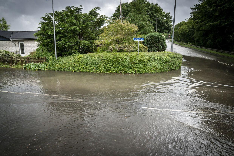 Regnvejr omkring Køge, mandag den 5. juli 2021.