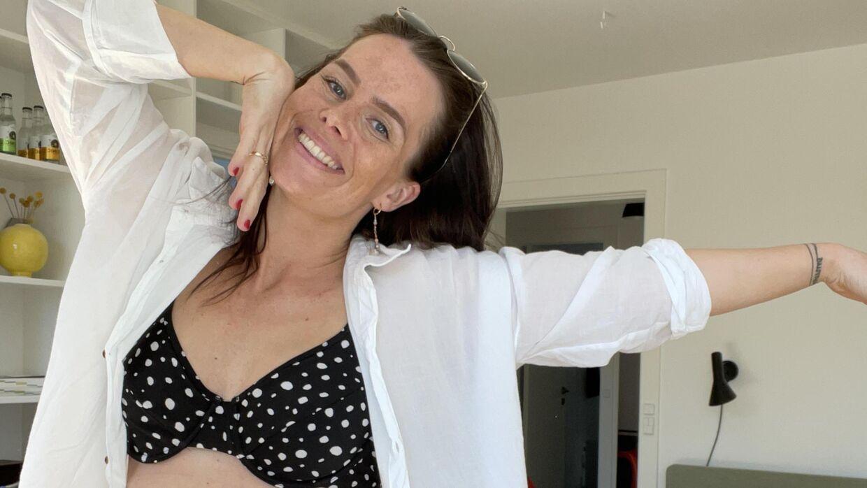 Bikini er det tøj, højgravide Matilde Trobeck føler sig bedst tilpas i for tiden (foto: Matilde Trobeck).