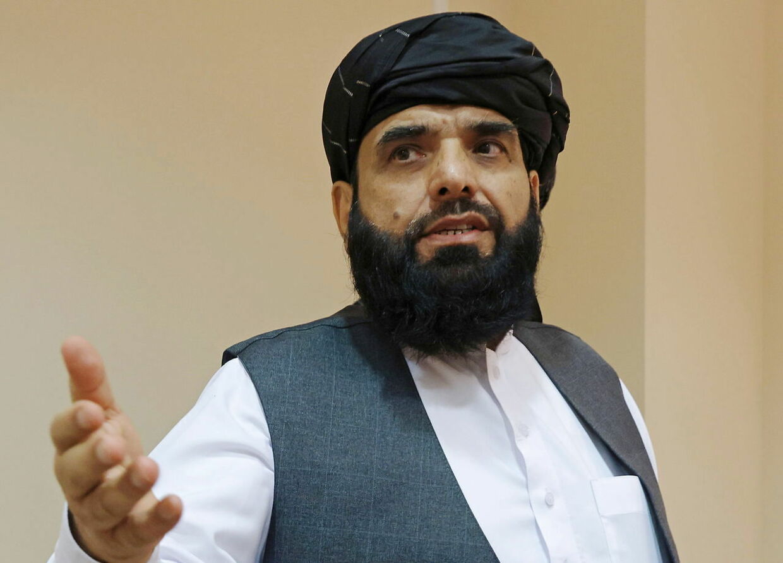 Taleban-talsmand Suhail Shaheen efter en pressekonference i Moskva, Rusland, 9. juli i år. REUTERS/Tatyana Makeyeva