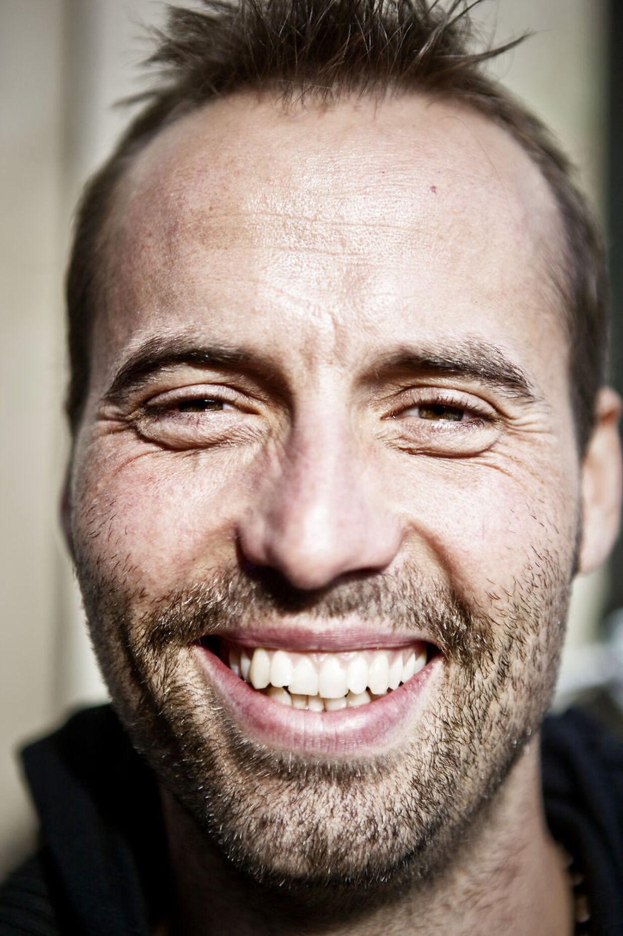 Torben Chris måtte være opfindsom, da han optrådte for 11 personer i Randers i lørdags.