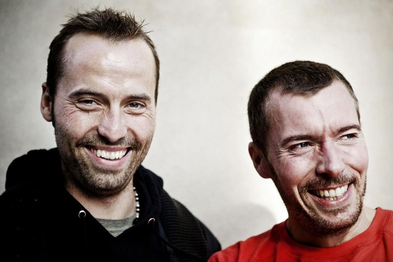 Torben Chris og Thomas Hartmann turnerer i efteråret med showet 'Mens Romm 4 – Mega Men'. Her håber de på en anelse flere tilskuere.