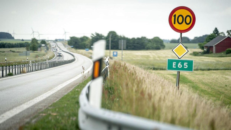 Vejstrækningen E65 imellem Malmø og Ystad hærges af stenkast imod danske biler, Sverige, fredag den 25. juni 2021.