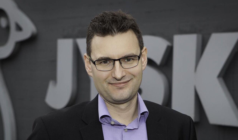 Det kom meget bag på Jysks CSR-direktør, Rune Jungberg Pedersen, at Jysk skrotter helt nye møbler.