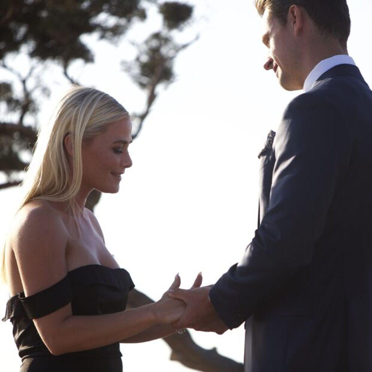 Stine Lykke Lorentzen fik knust sit hjerte, da hun slet ikke havde forudset, at Casper Berthelsen ikke kunne give hende sin sidste rose.