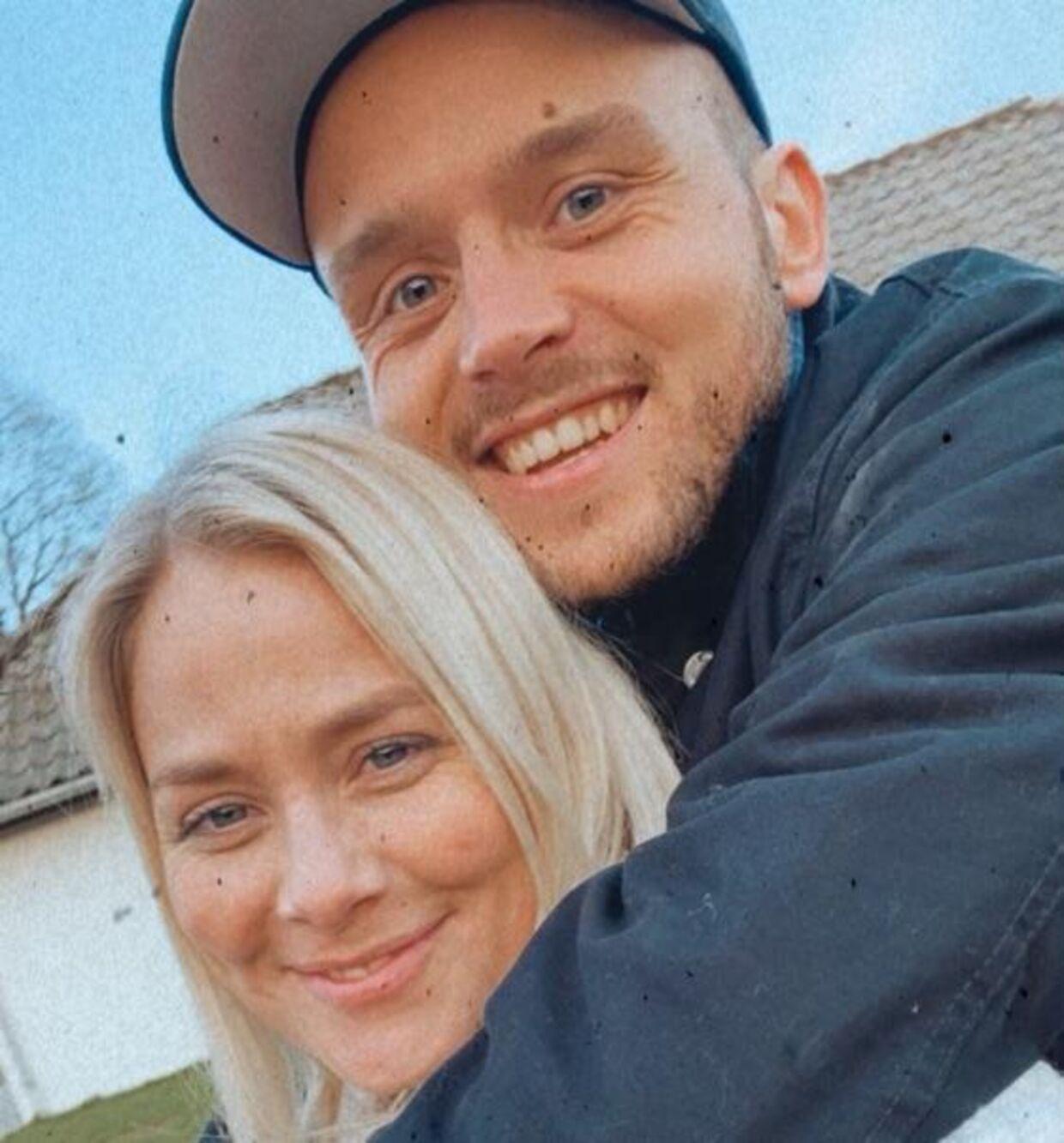 Stine og Oliver har dannet par i fire måneder og er flyttet sammen i Vejle.