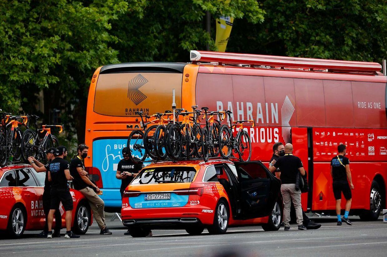 Der svæver lige nu en dopingmistanke over Bahrain Victorious-holdet, som efterforskes af de franske myndigheder.