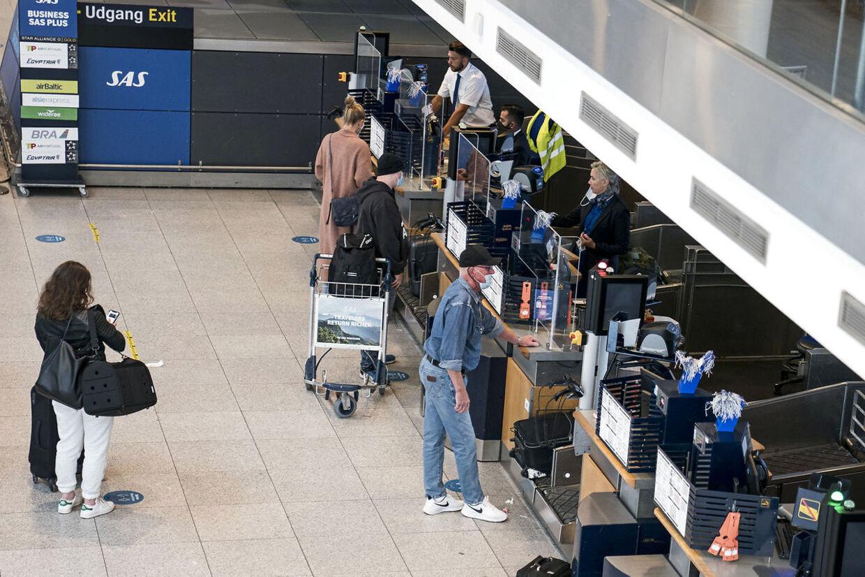 (ARKIV) Rejsende er tilbage i Københavns Lufthavn 15. juni 2020.