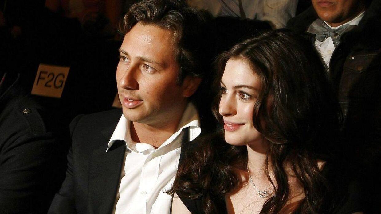 Arkivfoto af Raffaello Follieri og Anne Hathaway.
