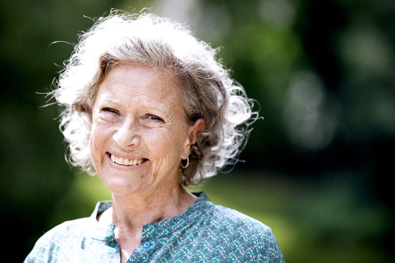 Birthe Neumann indrømmer, at der gik et par år, før isen begyndte at tø op mellem hende og hendes fremtidige mand.