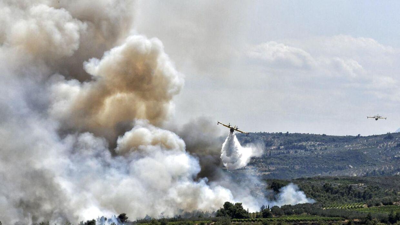 Lige nu brænder det også i Grækenland.