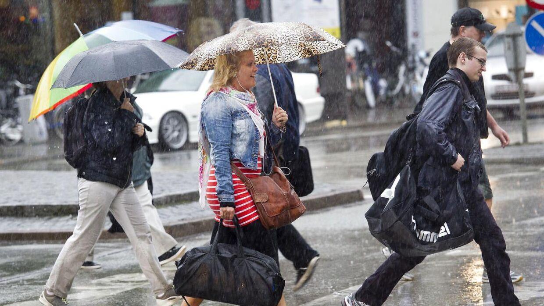 De fleste steder er plaget af voldsom regn.