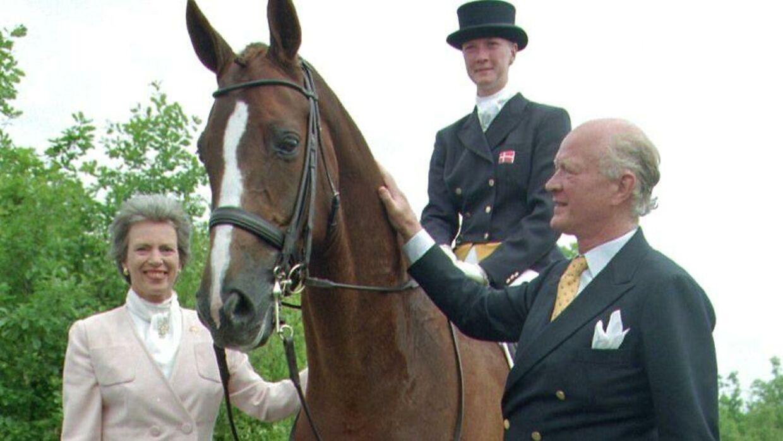 Prinsesse Nathalie har altid elsket hestesport. Her med sine forældre, prinsesse Benedikte og prins Richard.