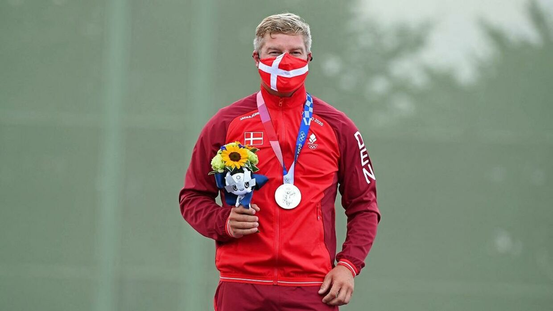 Sølvmedalje til Jesper Hansen og Danmark.