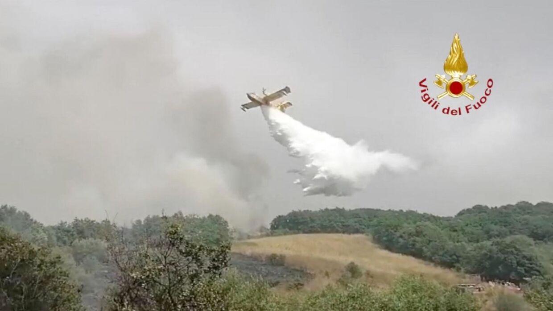 Voldsom brand på Sardinien beskrives som den værste i mands minde.