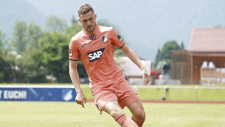 Jacob Bruun Larsen har skrevet kontrakt i fire og et halvt år med den tyske klub 1899 Hoffenheim.