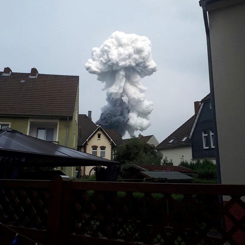 Røgsky over Leverkusen efter eksplosion,