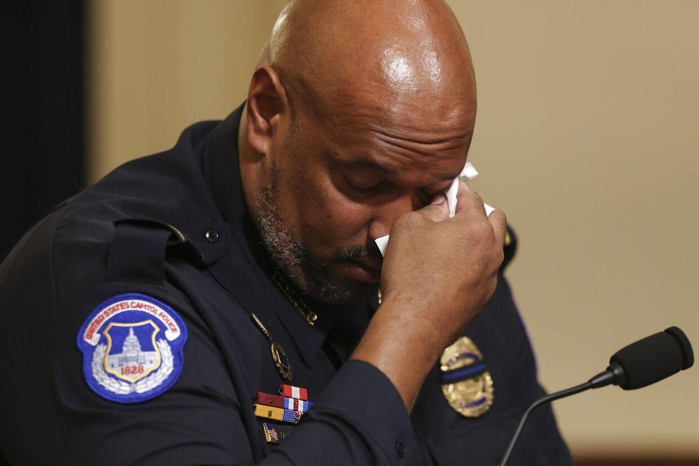 I afmagt skreg betjent Harry Dunn under stormløbet 6. januar: »Er det her Amerika?«