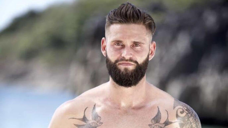 Bille Bay har været personlig træner i mange år, og i 2019 blev han landskendt, da han deltog i 'Robinson Ekspeditionen'.