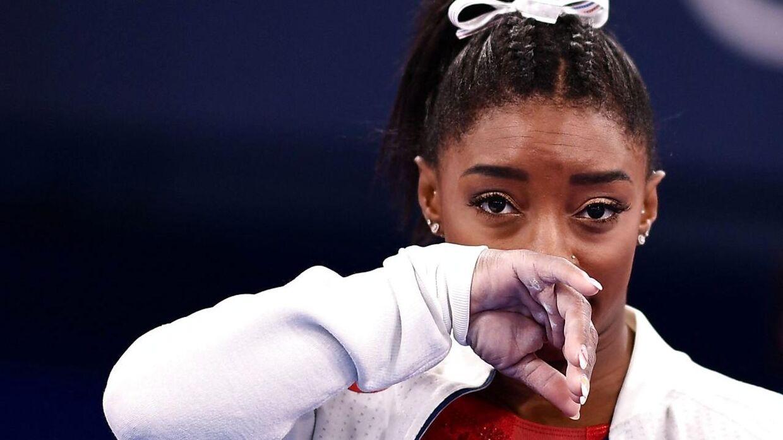 Simone Biles døjer med mentale problemer og har indtil videre trukket sig fra to OL-konkurrencer.