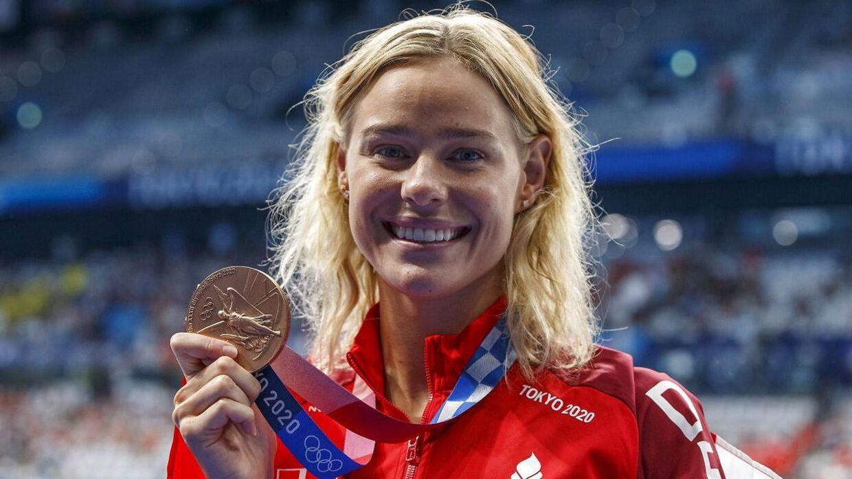 Pernille Blume med sin bronzemedalje.