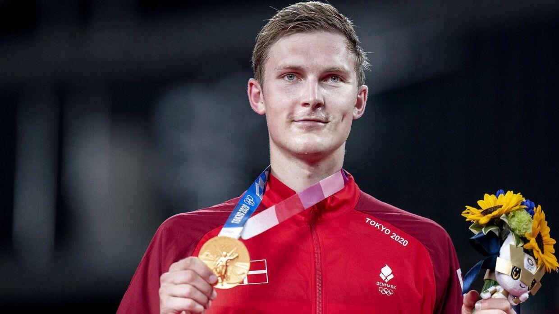 Viktor Axelsen vinder guld mod Chen Long i badminton finale til OL i Tokyo, mandag den 2 august 2021