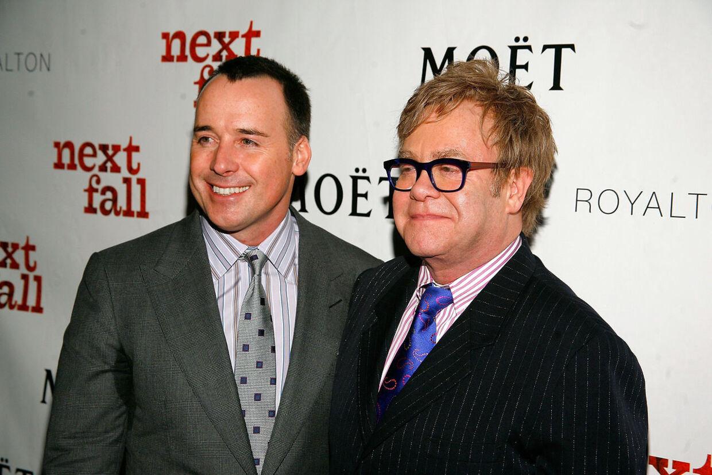 Elton John og hans mand David Furnish er lige blevet fædre for anden gang.