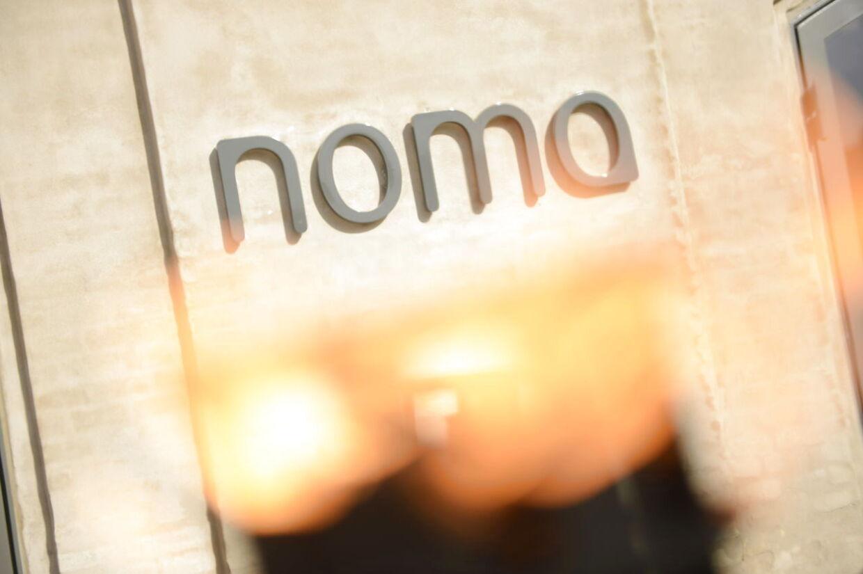 Bliver det mon i år Noma får sin tredje Michelinstjerne? Det finder vi ud af om et par timer.