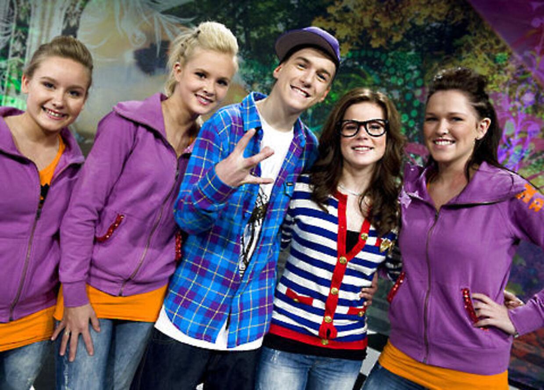 Pigerne er pjattet med Danmarks deltager ved MGP lørdag aften, Pelle.