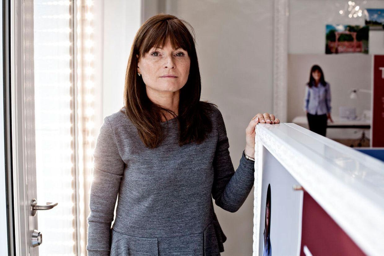Baggers ekskone Anette Uttenthal har etableret nyt firma, men forretningen går ikke særlig godt.