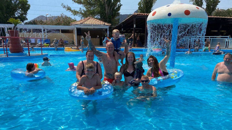 Sådan her så familiens ferie ud, inden brand og panik slap løs. Foto: Privat