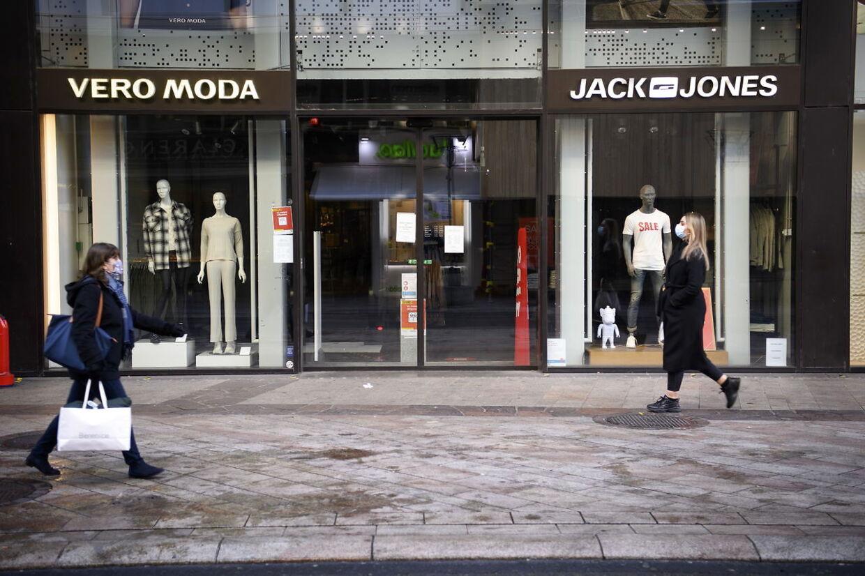 Bestseller driver både Vero Moda og Jack & Jones. Her er de to butikker i Schweiz.