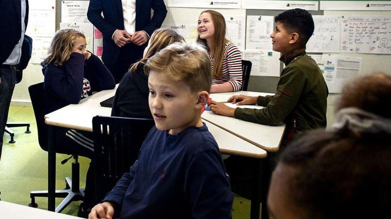 Elever til undervisning i Skolen på Strandboulevarden.